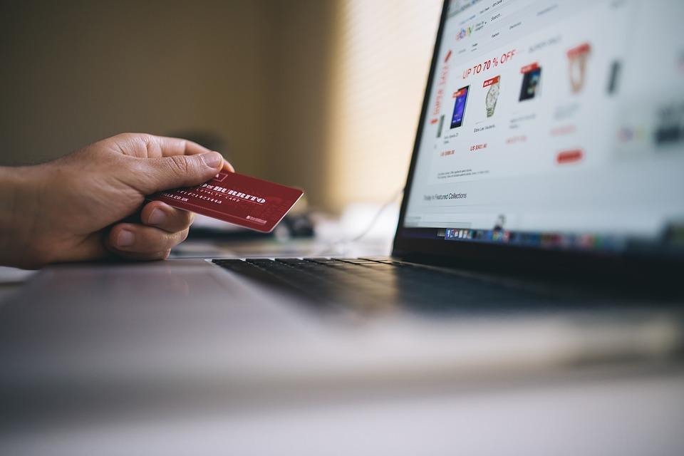 4 Crucial Factors in eCommerce Website Design